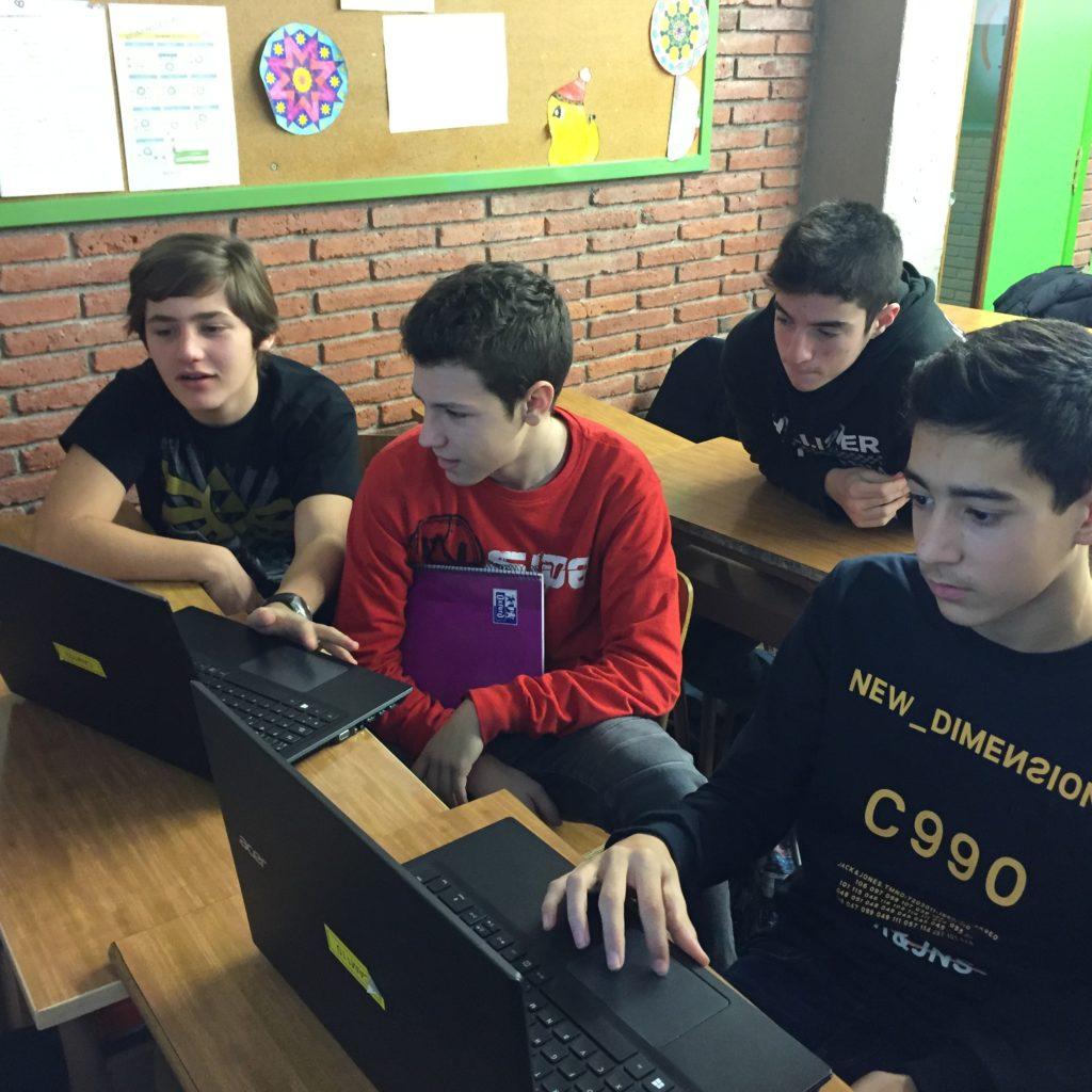 Enfortim Drets a l'Escola Joan Pelegrí
